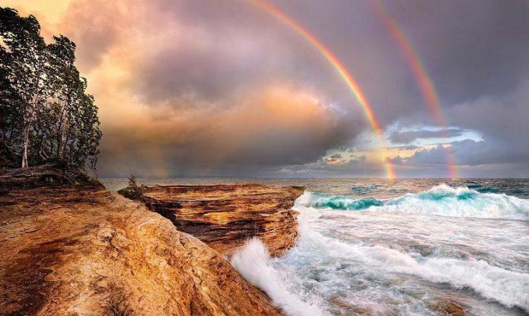 Quem chora as ondas que morrem na praia?