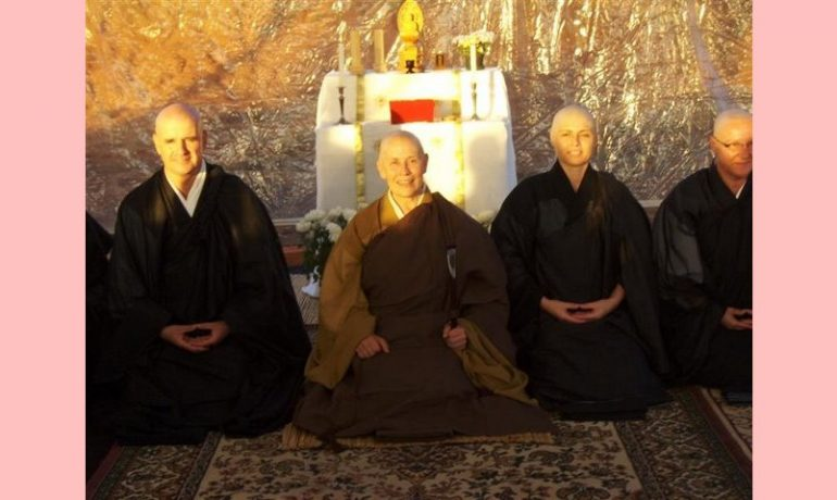 Ordenações monásticas no Via Zen em POA