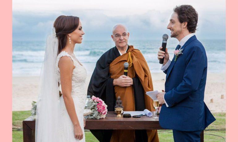 Casamento à beira do mar