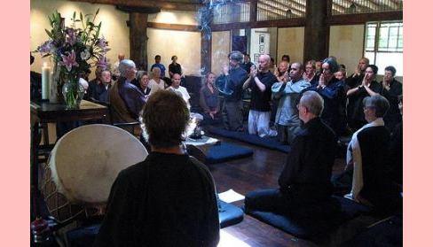 Rituais que papel tem no buddhismo?